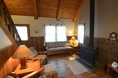 , Cabin No.1, Creekwood Village Resort, Creekwood Village Resort
