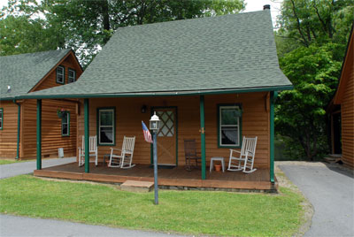 , Maggie Valley Cabin Rentals, Creekwood Village Resort